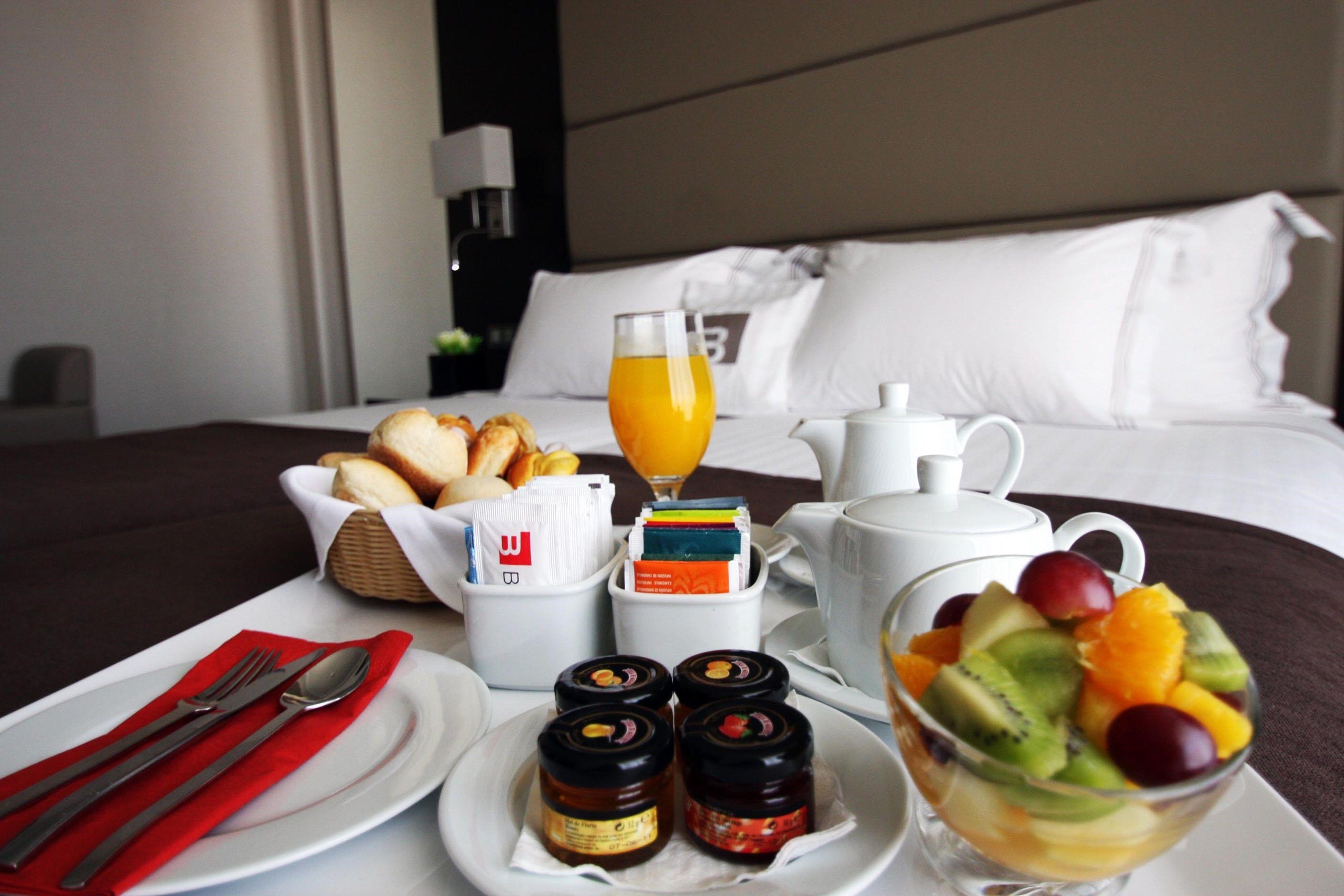 042_bessahotel_room service 123